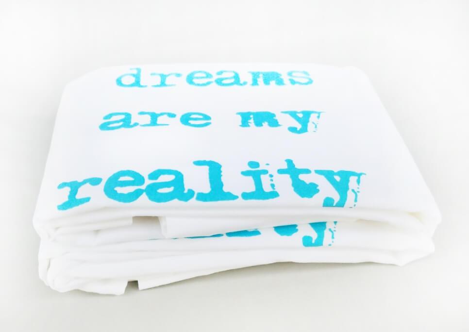"""זוג צפיות """"dreams are my reality"""" טורקיז"""