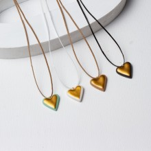 שרשראות לב מפורצלן בשילוב זהב טהור