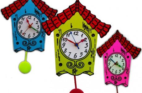 שעוני מטוטלת בהשראה נוסטלגית